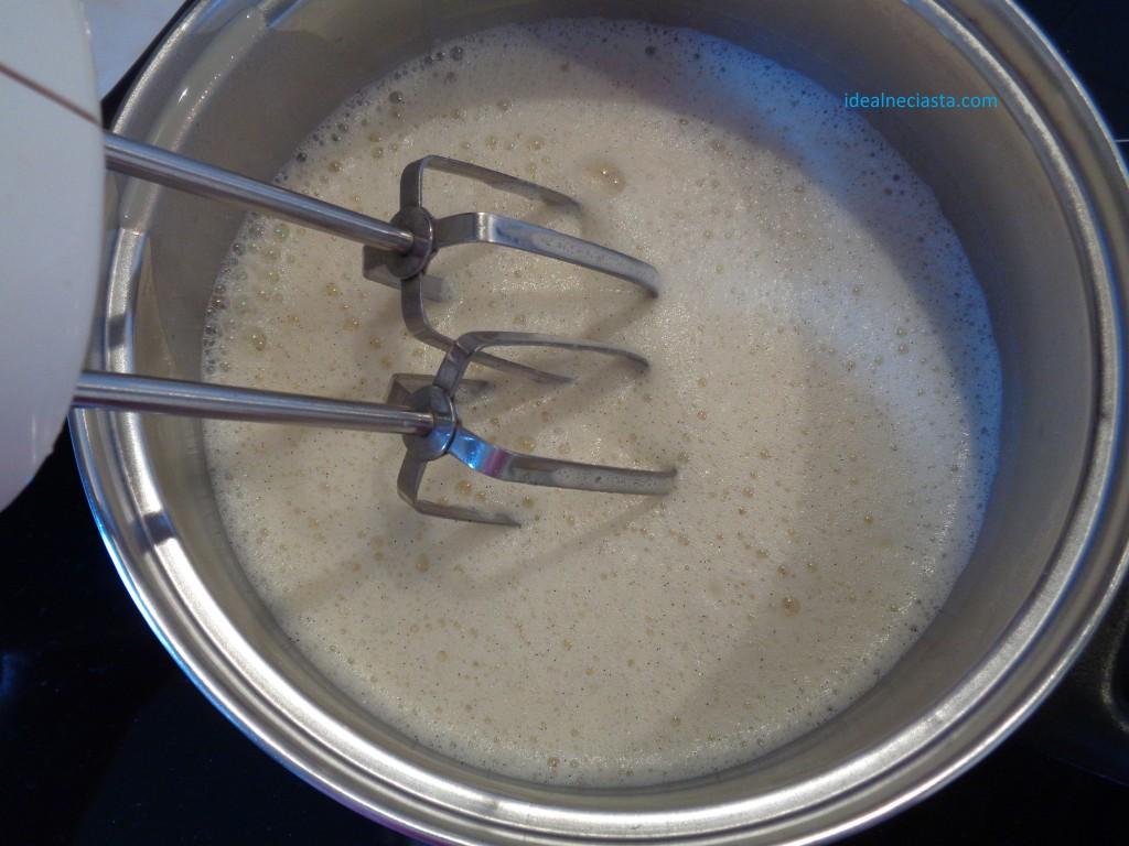 miksowanie kremu na palniku