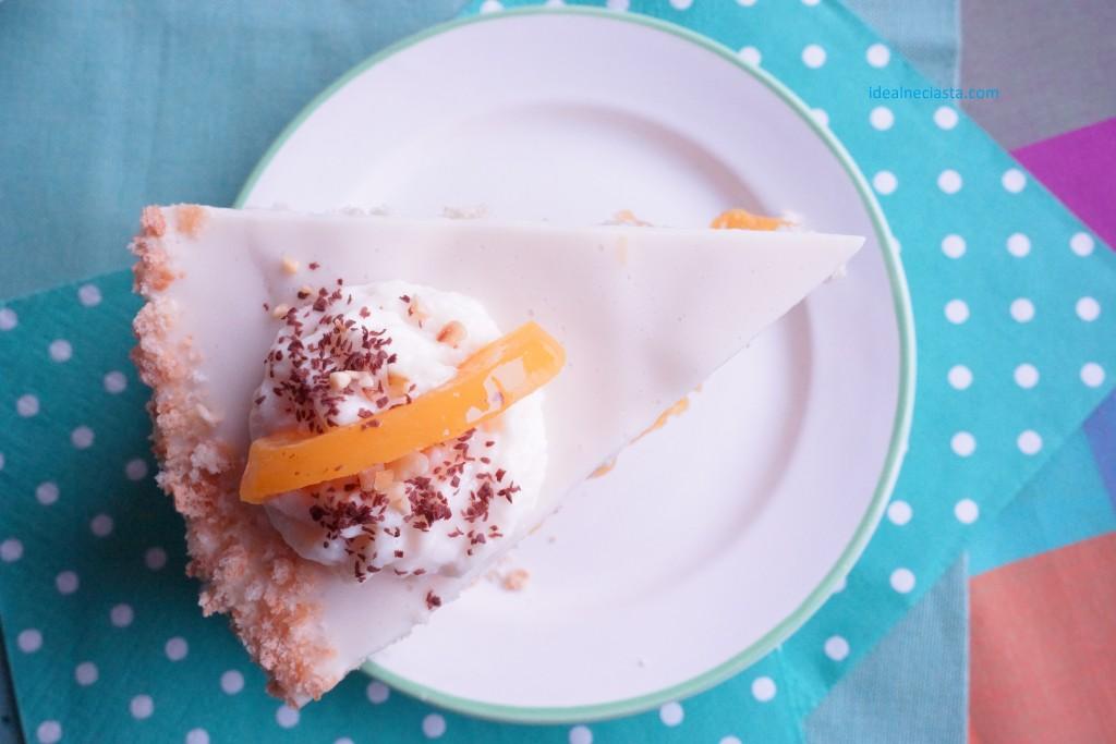 tort jogurtowo brzoskwiniowy