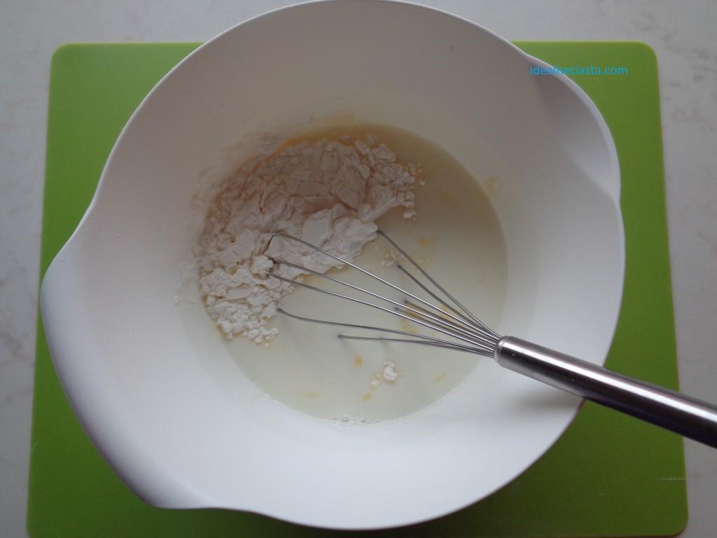 mieszanie skladnikow kremu