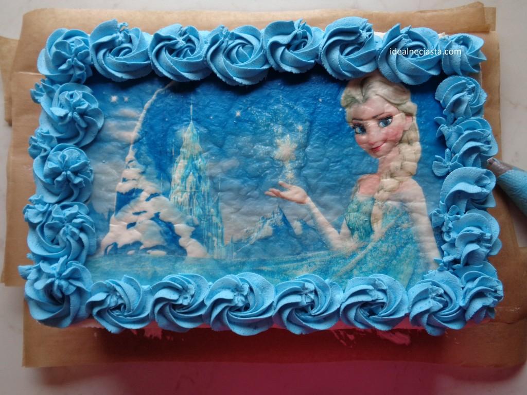ozdobiony wierzch tortu