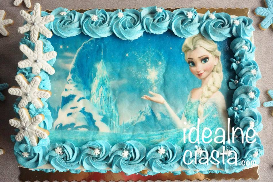 tort z dekoracja z oplatka