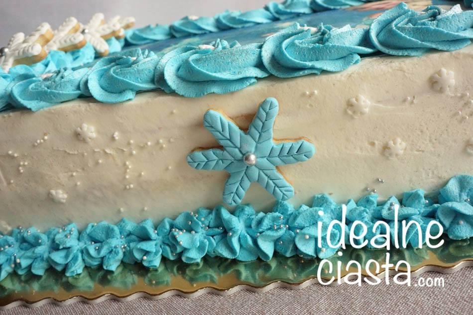 tort z oplatkiem przod