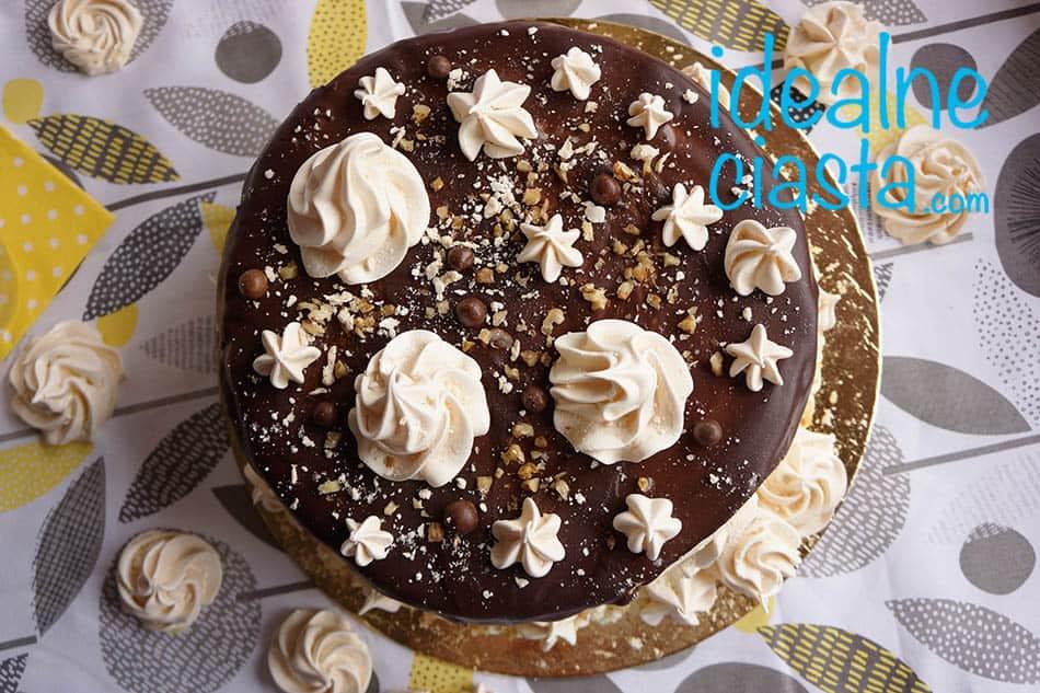 tort z bezami