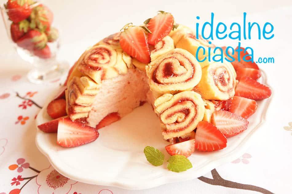 ciasto z pianka na roladzie