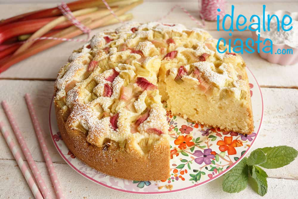 szybkie ciasto ucierane z rabarbarem