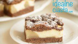 czekoladowe ciasto z gruszkami i budyniem