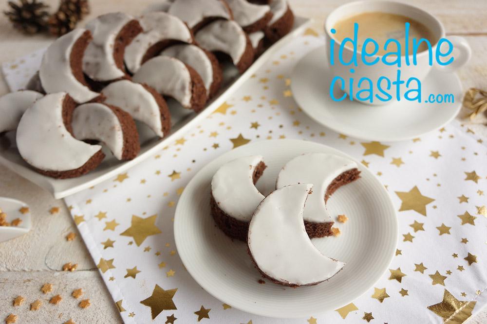 czekoladowe ciasteczka z lukrem