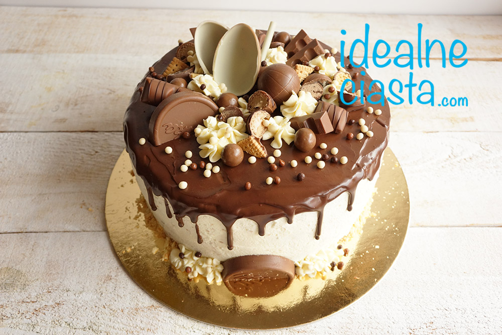 tort z kremem z bialej czekolady