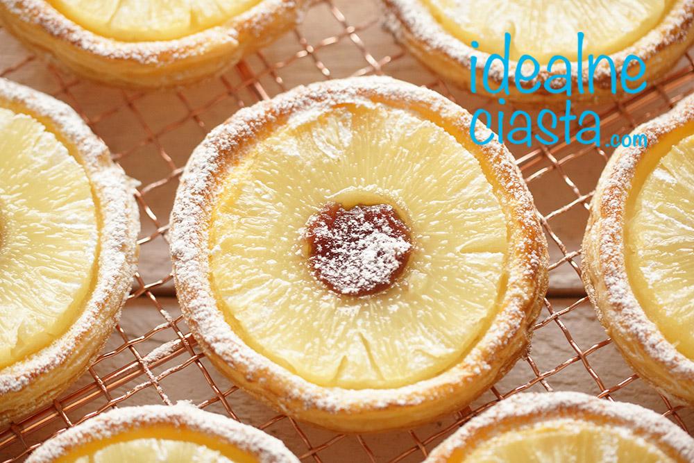 ciastka francuskie z owocami