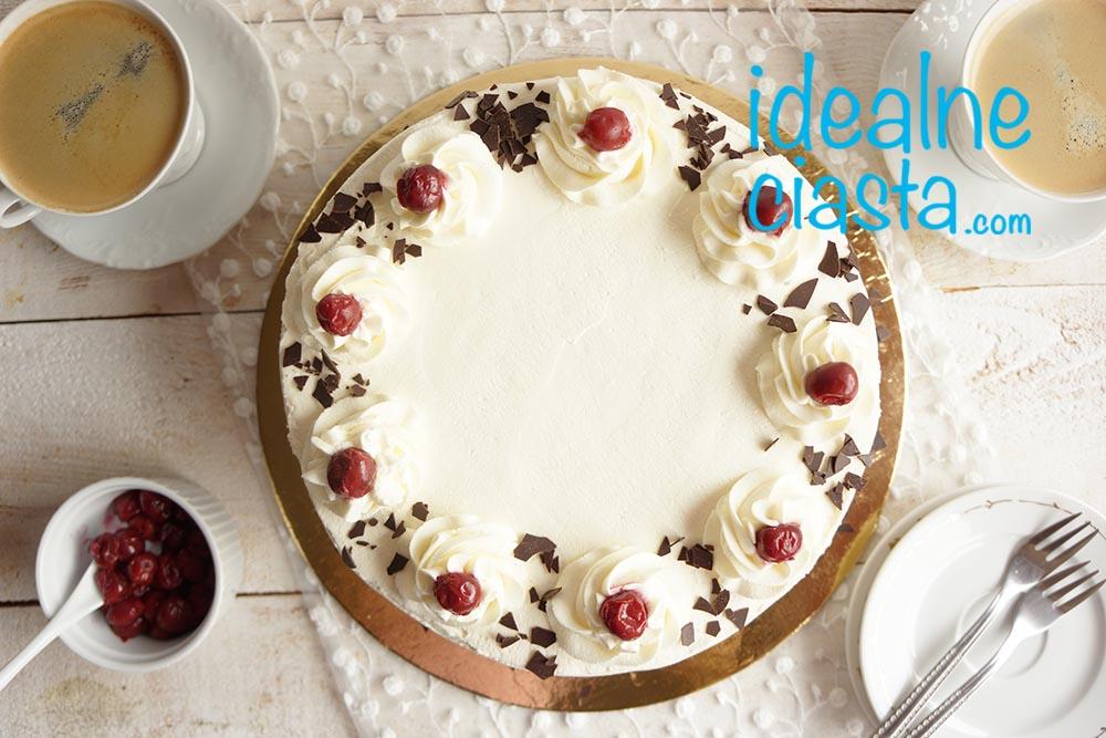 tort z wisniami i czekolada