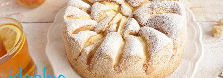 ciasto biszkoptowe z jablkami - bardzo latwy przepis