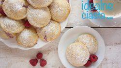 kruche ciasteczka z malinami