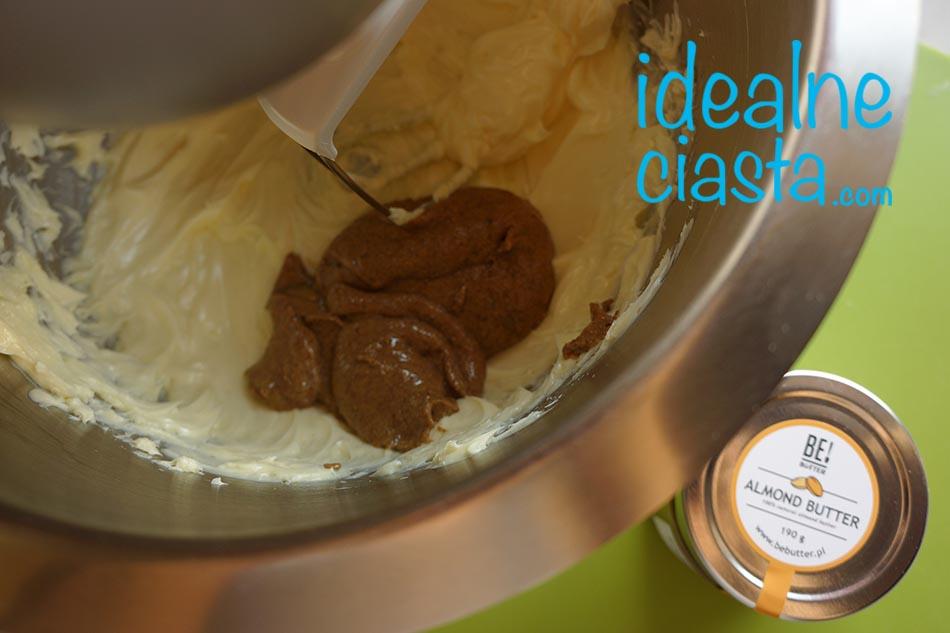 jak zrobic ciasto z maslem migdalowym
