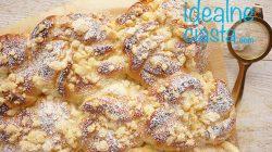 puszyste drozdzowki z serem i kruszonka