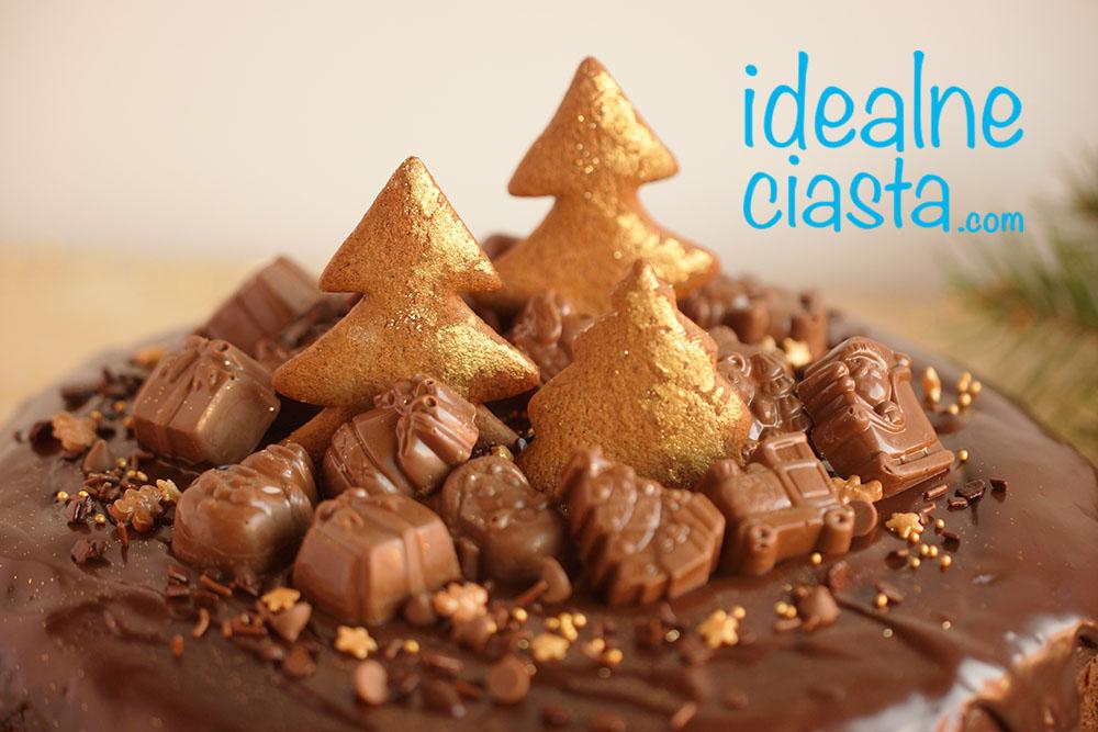 swiateczny murzynek z czekolada