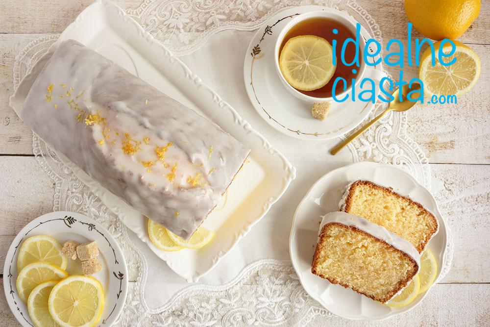 wilgotne ciasto cytrynowe