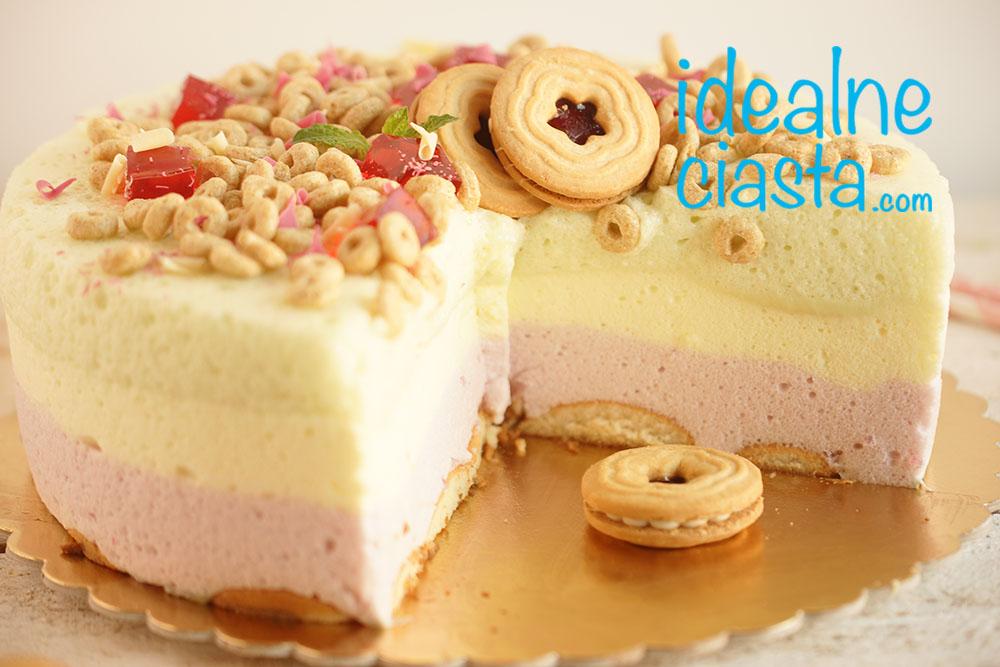 tort z galaretkowych pianek
