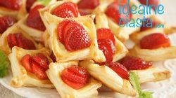 ciasteczka francuskie z truskawkami i budyniem