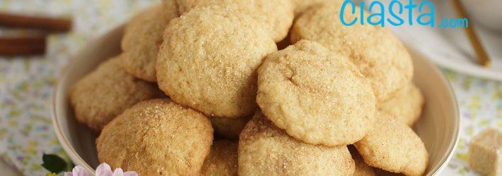 ciasteczka z cynamonowa posypka