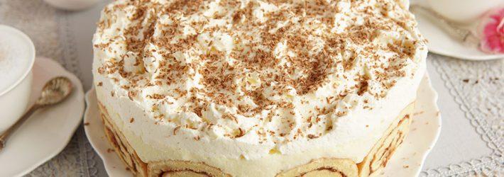 ciasto z bananami na roladzie