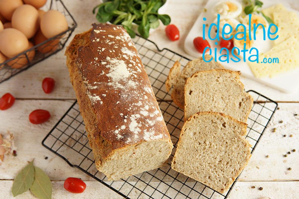chleb z dodatkiem żurku