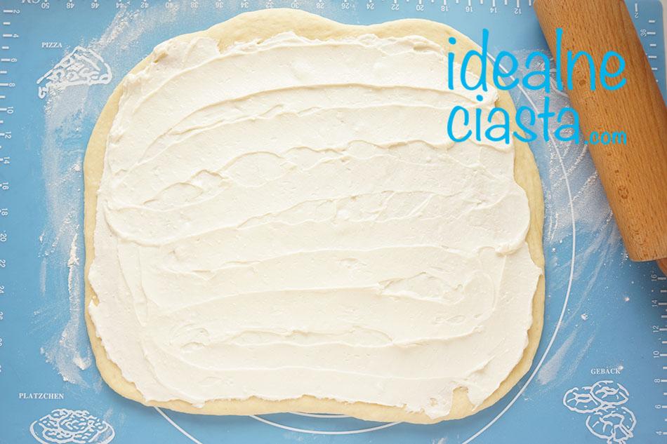 jak zrobic ciasto drożdżowe