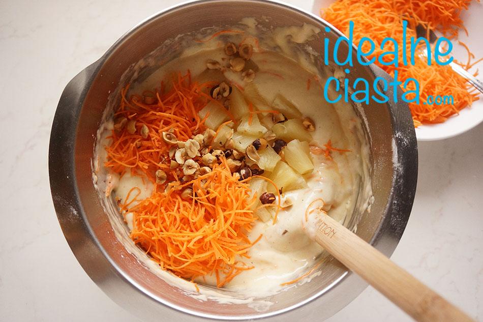 jak upiec ciasto marchewkowe